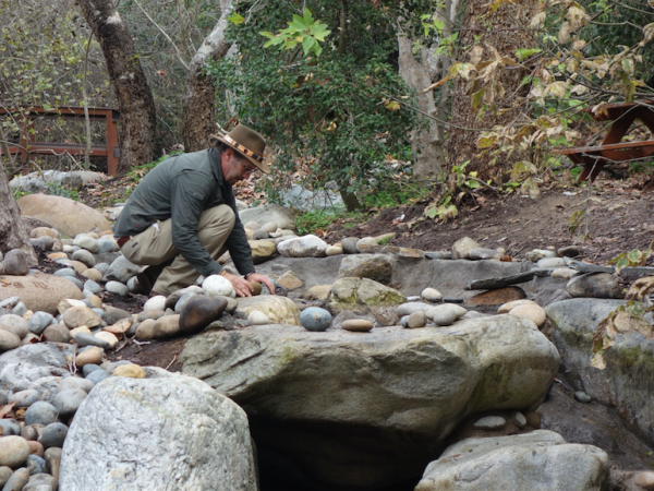 Bo positioning rocks